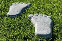 "Stepping stone ""Foot"" set of 2,"
